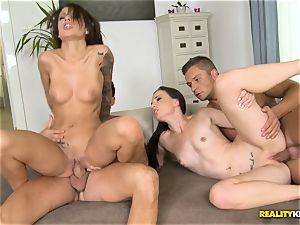 Nikita Bellucci and Kristi ebony hitting honeypot hook-up