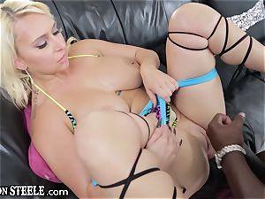 Naturally busty superslut Nina Kayy gets her vaj stretched by Lexington's hefty meat