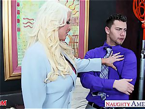 exclusive Alura Jenson takes a yam-sized impaler deep inside her