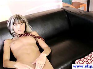 Randy teen Doris Ivy frigs her wet coochie after class