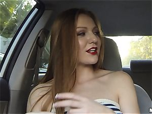 dirty minx Farrah Flower ravages for a great gesture