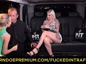 poked IN TRAFFIC - spunky blondes car triangle romping
