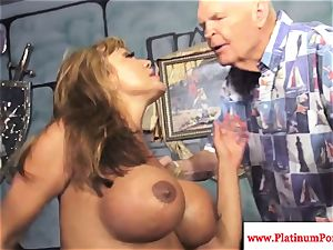 Ava Devine gets a mouthful of jizz from several chisels