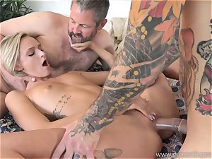 Emma Hix and husband pulverize Her young stud acquaintance