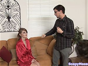 Smoking scorching sandy-haired Faye Reagan gives a soapy massage
