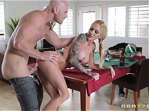 Sarah Jessie smashing her husbands poker acquaintance