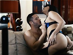 licking out magnificent milf Mercedes Carrera