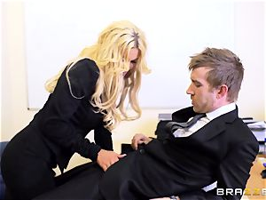 Candy Sexton very first guy dame sequence