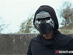 The last Jedi smashes the dark side