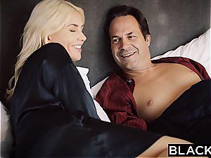 BLACKED wifey Gigi Allens Takes Her very first large ebony man rod