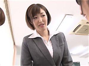 japanese femmes gargle beef whistle