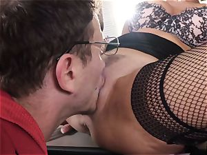 splattering brown-haired Veronica Avluv coochie tucked and fisted