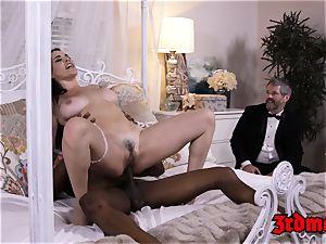cheating cougar mega-bitch Dana big black cock bashed