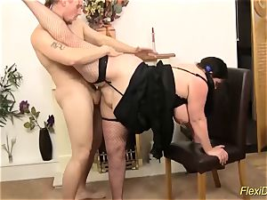 bbw plus-size real flexi chick torn up