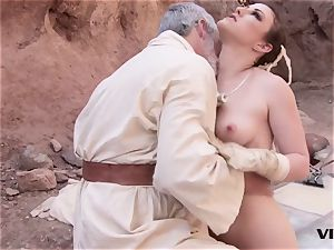 elder Ben uses the sexual strength with a super hot slave gal