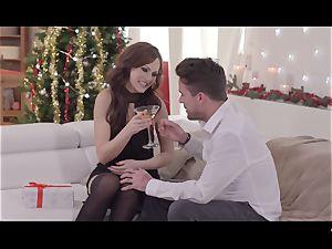 hard-core SHADES - Christmas 3some with brit Tina Kay