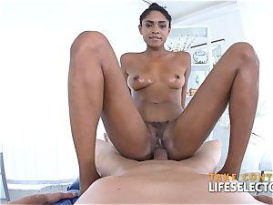 Luna Corazon - bi-racial Shool pummel
