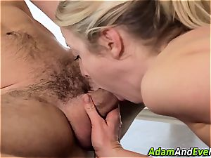 Karla Kush nutted on her tights