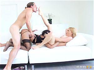 hot escort Anya Ivy joins stepmom Krissy Lynn for some fun