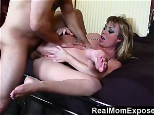 RealMomExposed molten tat mother gets torn up