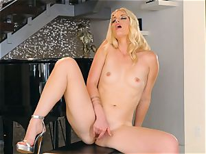 Solo getting off with Charlotte Stokely