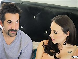 Spizoo - see Chanel Preston fellating and screwing
