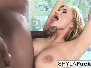Prince produces a black wood For marvelous Shyla