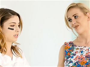 Kristen Scott gets intimate with torrid stepmom Cherie Deville