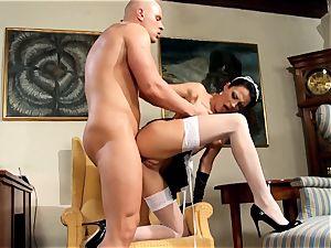 magnificent maid Naomi nailing in tights and heels