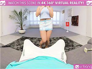 VR PORN-Tutored by torrid light-haired
